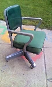 Vtg Grn Steelcase Industrial Swivel Office Arm Chair Rolling Propeller Base Gray