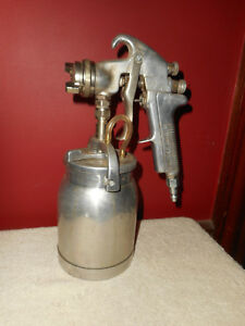 Vintage Devilbiss Spray Paint Gun Model Type Jga 502 Tip 3 0 W can Canister Usa