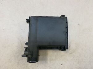 2010 2015 Toyota Prius Air Cleaner Filter Box Cover Lid Oem 17705 37130