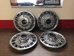 1978 80 Lincoln Versailles Wire Wheel Hubcaps Set Of 4 Nice 1118