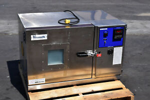 Enviornmental Chamber Refrigerated Russells Stainless Steel Watlow 920 Controls