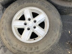 Set Of 5 Jeep Wrangler 16 Wheels And Tires