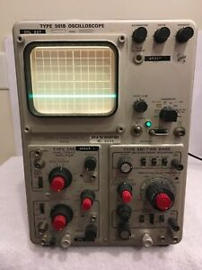 Vintage Tektronix 561b Oscilloscope With Type 3a6 Diff Amp Type 3b1 Time Base