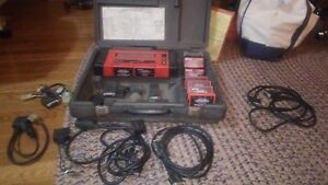 Snap on Scanner Mt2500 With Cartridges Accessories Cables Gm Ford Jeep Chrysler