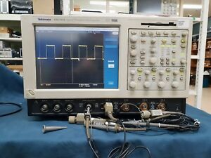 Tektronix Tds7054 Digital Oscilloscope 500 Mhz 4 Channels 5 Gs s