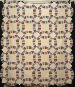 1930 S Pastel Solids Wedding Ring Quilt