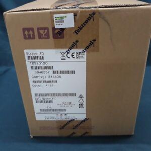 Tektronix_tds2012c Oscilloscope Digital Storage 100mhz 2gs s 2 ch new