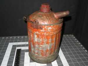 Hibbard Red Antique Vintage Embossed Metal 1 Gallon Gasoline Can