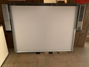 Smartboard 800 77inch With Speakers Teq Lcd Short Throw Projector
