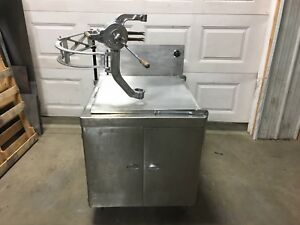 Donut Fryer 24 X 24 gas With Swingarm And Belshaw Type B Dropper