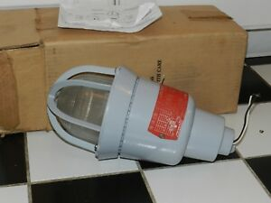 Cooper Crouse Hinds Evia2301 300w Explosion Proof Incandescent Light Industrial