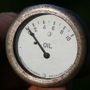 National Gauge Equipment Company Ng e White Face 0 10 2 Oil Pressure Vintage
