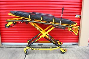 Mint Stryker Mx pro 650lb Ambulance Stretcher W brakes Iv Mattress Gurney Cot