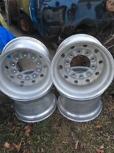 4 Hub Pilot 22 5 X 14 Aluminum Super Single Semi Wheel Alcoa 10 Bolt Used