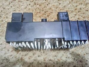 2003 Saturn Vue Fuse Box Under Dashboards