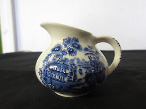 Vtg Royal Crownford Ironstone England Porcelain Pitcher 2 5 Great Condition