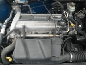 Engine 2 2l Vin F 8th Digit With Egr Port In Head Fits 02 05 Cavalier 426000