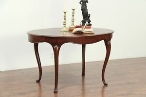 Oval Victorian Antique Mahogany Hall Center Lamp Or Breakfast Table 28941