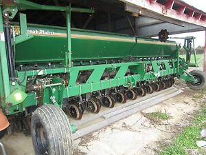 Great Plains 2020p Precision Seeding System Drill 10 Spacing With Markers
