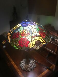 Vintage Tiffany Style Leaded Glass Large Table Lamp With Rose Design