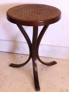 Mid Century Modern Bentwood Rattan Cane Round End Side Table Thonet