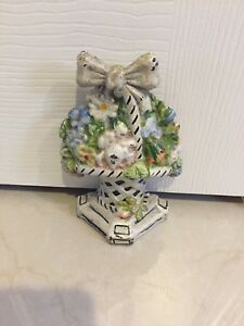 Antique 1920s Cast Iron Doorstop Flowers In Basket W White Ribbon Bow