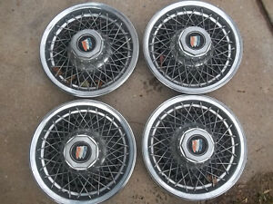 Buick 15 Wire Wheel Covers Hubcaps Set Of 4 With The Towers And Locks