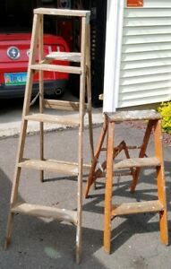 2 Wooden Ladders 2 4 Step Stool Display Shelf Primitive Chic Country Shabby