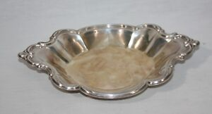 Vintage International Silver Company Silverplate Tray Nut Candy Dish