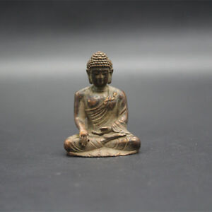 Chinese Old Tibetan Buddhism Style Copper Carved Statue Of Buddha Sakyamuni