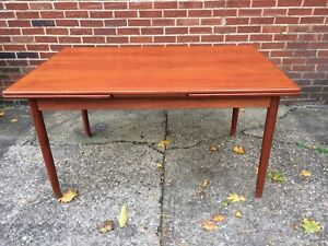 Mid Century Danish Modern Teak Expanding Dining Table Made In Denmark