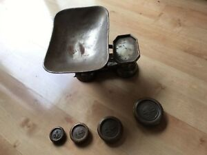 Vtg Antique Balance Scale Primitive General Store Cast Iron 4 Weights Tin Tray