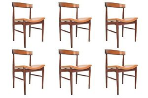 Set Of Six Danish Mid Century Modern Model 10 Rosewood Dining Chairs By Johannes