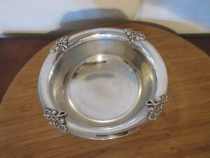 Fisher Silversmiths Silver Plate Footed Bowl K267 Candy Dish Alexandria Pattern