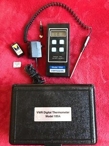Vwr Scientific Digital Thermometer Model 100a With Probe And Case