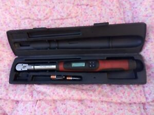 Snap on 3 8 Drive Flex head Techwrench Torque Wrench 5 100 Ft lb Tech2fr100