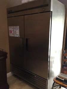 True T 49 2 door Reach in Commercial Refrigerator