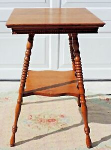Antique Vtg 28 5 Solid Maple Turned Leg Side End Accent Table 5367