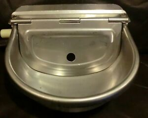 Automatic Farm Grade Stainless Stock Waterer Horse Cattle Goat Sheep Dog Water B
