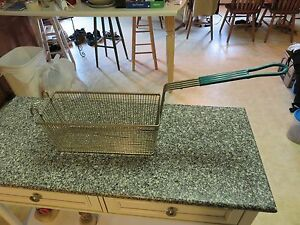 Commercial Deep Fryer Basket Size 13 1 4 L X 5 3 4 W X 5 3 4 D Used