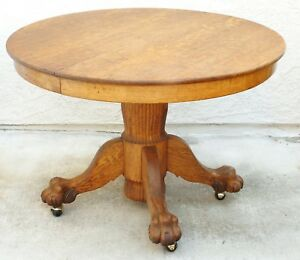 Round Antique Oak Table With Lion S Claw Feet