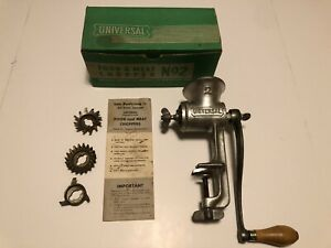 Vintage Universal No 2 Food Meat Chopper Grinder W Original Box 3 Blades