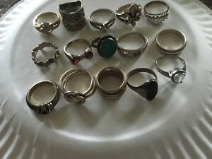 Large Lot Of 15 Vintage Sterling Silver Rings Scrap Or Not Make Offers