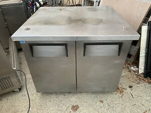 True Tuc 36 34 Commercial Undercounter Refrigerator Worktop Prep Station 36