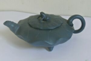 Marked China Yixing Zisha Teal Blue Teapot Carving Frog Gold Toad Statue
