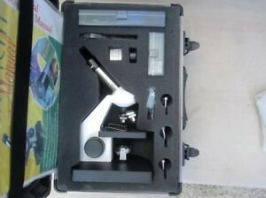 Edmund Scientific Microscope With Accessories And Hard Shell Case