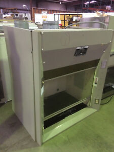 4 Kewaunee Chemical Fume Hood With Work Surface Supreme Air
