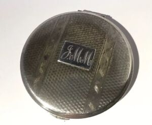 A Superb Vintage Sterling Silver Ladies Powder Compact By Kigu Ltd London 1968