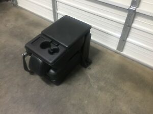 2011 2016 Ford F250 F350 F450 Super Duty Center Console Black Leather Jump Seat