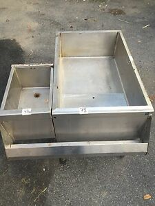 Perlick Undercounter Stainless Steel Ice Bin With Cold Plate Side Bin